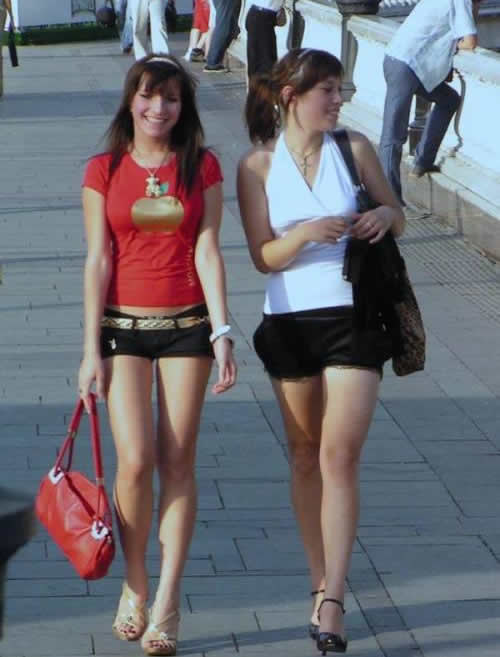街拍俄罗斯美女组图