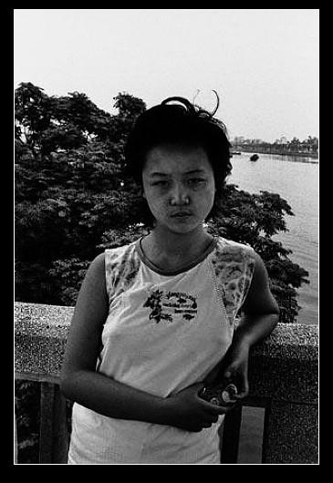 2010诺贝尔文学奖_风尘中的黑镜头:底层妓女(四)_读书频道_凤凰网