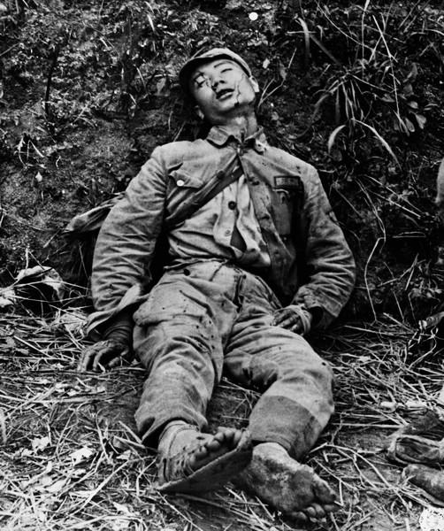 哥哥干你你懂得无码偷拍自拍色片_中国战场上的中国伤员.