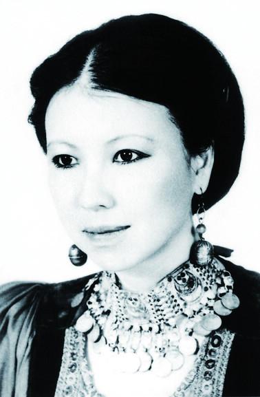 2010诺贝尔文学奖_三毛:1943-1991[组图]_读书频道_凤凰网