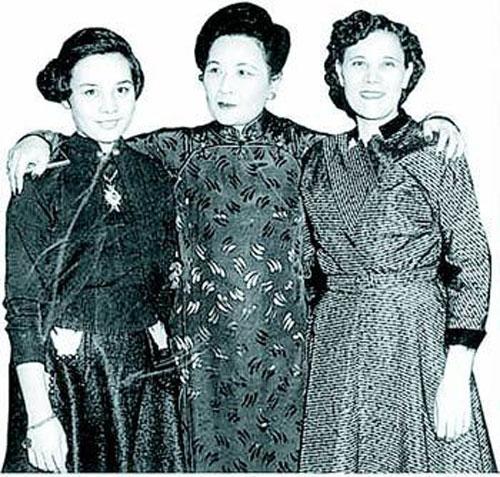 揭秘蒋介石身后的17个女人(组图)